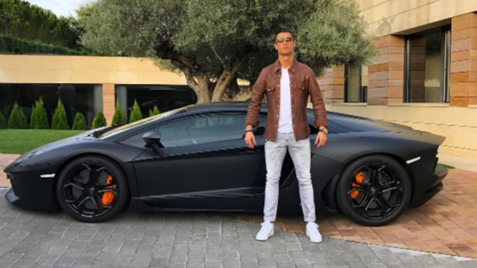 Ronaldo roasted by internet after posting picture with new Lamborghini